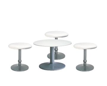 Ensemble de mobiliers en location : 3 x CONCHE blanc / 1 x NOIRMOUTIER blanc