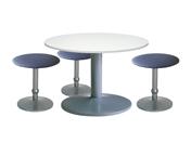 3 x CONCHE bleu / 1 x NOIRMOUTIER blanc : ensemble de mobiliers en location